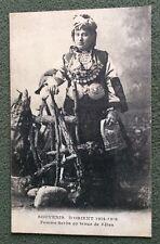CPA. SOUVENIR D'ORIENT 1914-1918. Femme SERBE en Tenue de Fêtes. 1918.