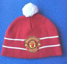 MANCHESTER UNITED Infant Boy Girl 3-6 M Red Team Badge Knit Beanie Pompom Hat