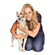 Leona Lewis UNSIGNED photo - D1678 - Singer and animal welfare campaigner