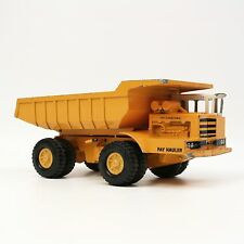 "Vtg 12"" Ertl International Harvester Pay Hauler Hydraulic Dump Truck USA Made"