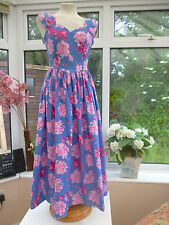 STUNNING VINTAGE *LAURA ASHLEY* BLUE & PINK FLORAL SWEETHEART NECK DRESS Sz 6/8