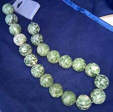 GREEN QUIN HOI JADE GEMSTONE BEADS 10 FOR JEWELLERY MAKING 18mm ROUND. UK SELLER