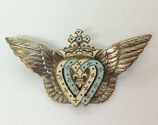ART NOUVEAU WINGED DOUBLE HEART LOVE HEART ENAMEL BROOCH IDEAL WEDDING GIFT