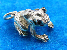 VINTAGE STERLING SILVER CHARM GEM SET FROG MOVES