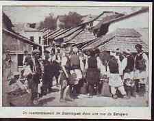 1908  --  BOSNIE   RASSEMBLEMENT DE BOSNIAQUES DANS UNE RUE DE SARAJEVO   £213