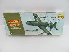 eso-11117 Lindberg 471 1:72 Dornier DO-335 Bausatz geöffnet,