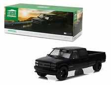 GREENLIGHT 1:18 ARTISAN COLLECTION 1997 CUSTOM CHEVROLET SILVERADO 3500 19016