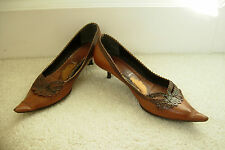 ITALIAN LEATHER BROWN SHOES POINTED TOE KITTEN HEELS SIZE 5 OR 38 FREE P&P