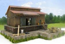 HO SCALE FACTORY SHOP~ BUILT BUILDING~WOODEN DOCK~DETAILED & WEATHERED~JUNK YARD