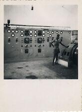 PHOTO ANCIENNE - VINTAGE SNAPSHOT -USINE FILATURE MACHINE OUVRIER BOUAKÉ AFRIQUE