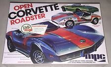 MPC 1975 Chevy Corvette Convertible 1/25 model car kit new 842 DAMAGED BOX