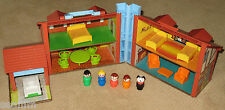1980 Vintage Fisher Price Play Family Brown Tudor House 952 COMPLETE