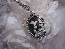 WEDDING GIFT BLACK ANTIQUE WHITE HUMMINGBIRD MORNING GLORY SILVER NECKLACE CAMEO