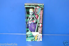 2012 MONSTER HIGH DOLL SKULL SHORES ABBEY BOMINABLE  NEW