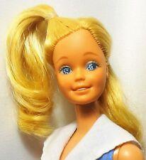 Mattel 1980 ma première poupée barbie yeux bleus twist n turn
