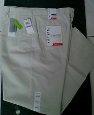 NWT VanHuesen Ecovoyager Straight Fit Pants Wrinkle Free Sz W38 L32 MSRP $75.00