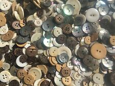 WOW! 500 pcs MIXED LOT Real Shell & Coconut Buttons All sizes & qualities