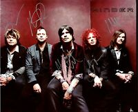HINDER BAND AUTOGRAPH 8 X 10 COLOR PHOTOGRAPH AD10088   ROCK/METAL