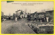 cpa RARE 79 - GARE de SAINT VARENT Militaires SOLDATS Embarquement CHEVAUX TRAIN