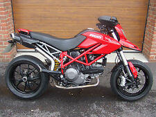 2012/61 Ducati Hypermotard 796 with 7,800m in Red