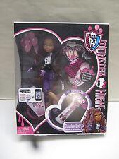 Monster High SWEET 1600 CLAWDEEN WOLF Doll Daughter OF Werewolf App Key New