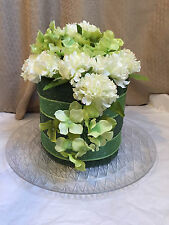 Green & White Towel Cake