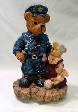 """Vintage Boyds Bear Musical Policeman Bear Music Box I Want to Hold Your Hand 8"""""""