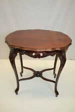 French Louis XV Walnut Side End Table w/Fretwork Apron Cabriole Legs circa1920s'