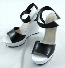 "Hugo Boss White ""Leticia"" Platform Heels sz 40/10 $445 100% Authentic Italy"