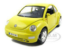 VOLKSWAGEN NEW BEETLE YELLOW 1/24 DIECAST MODEL CAR BY BBURAGO 22029