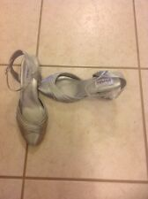 SILVER PLEATED TOE WITH MATCHING BACK STRAP DYABLES SHOES RHINESTONE BUCKLE  8.5