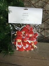 Gisela Graham Christmas kids in woolly hats bunting garland 120cm