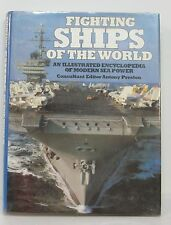 """ The Fighting Ships of the World "" Livre  352 pages - nombreuses illustrations"