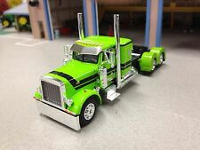 1/64 DCP LIME GREEN/BLACK 379 PETERBILT