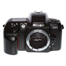 Nikon F60 analoge Spiegelreflexkamera nur Gehäuse vom Händler