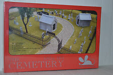 Mouse Models The Cemetery Ho Scale kit