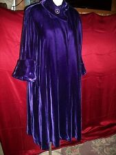 VINTAGE 40'S  50'S LUXURIOUS PLUSH PURPLE VELVET SWING COAT CUFFS L