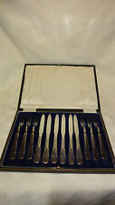 Lovely Cased 12 Piece Ornate Silver Plated Fruit/Dessert Cutlery Set
