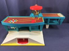 1972 Vintage Fisher Price Little People Play Family Airport #996