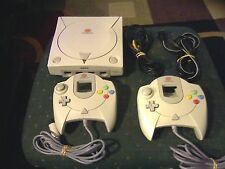 SEGA DREAMCAST CONSOLE SYSTEM BUNDLE (NTSC) W/ CABLES & 2 CONTROLLERS TESTED