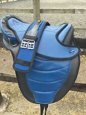 """BLUE XL 18"""" Treeless Saddle.    Complete with girth FAUX LEATHER"""