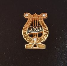 ALPHA CHI OMEGA SORORITY CHASED BADGE, 10K YELLOW GOLD PIN