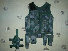 07's series China PLA Army Woodland Digital Camo Combat Tactical Vest,Set,A