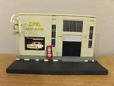 OPEL ERNST MAIER CAR FUEL GARAGE LOW RELIEF FRONT DIORAMA MODEL CL99 1:43