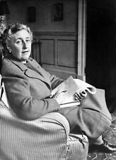Agatha Christie UNSIGNED photo - P1523 - Crime novelist & short story writer