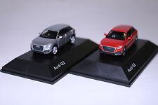 2x Audi Q2 Florettsilber und Korallenorange 1:87 Hersteller: Herpa
