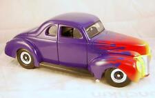 FORD DELUXE HOT ROD 1940 Violet 1/18 UNIVERSAL HOBBIES R1