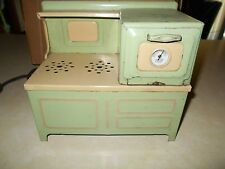 VINTAGE GIRARD TOY ELECTRIC COOK STOVE GREEN & IVORY 9 1/2 X 8 1/2 NICE ONE