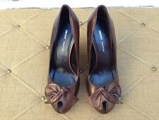 DKNY bronze leather peep toed bow wedge shoes sz 7.5 Made in Italy