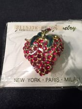 Fashion Jewlery Gold Toned STRAWBERRY Brooch/Pin With SPARKLY  RED RHINESTONES!!